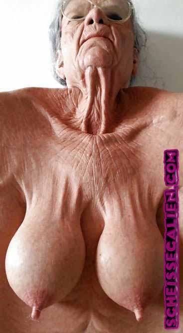 Perverse alte Weiber treffen Sexdate mit Oma aus NRW